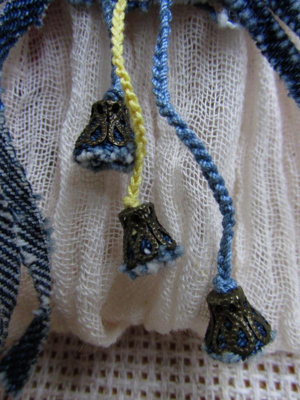 Три подвески под бронзу в форме колокольчика