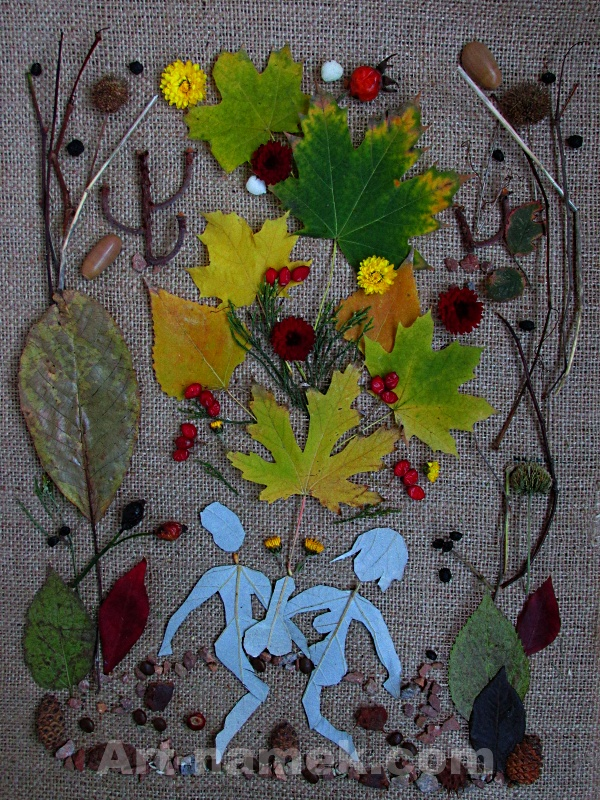 Картина из природных материалов(листья, ягоды, веточки) — фото.