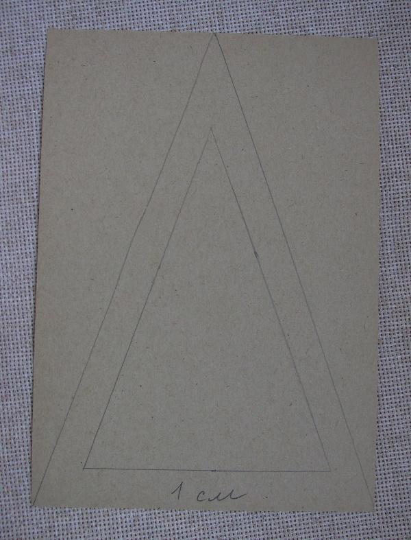 описание: начертили треугольник для каркаса